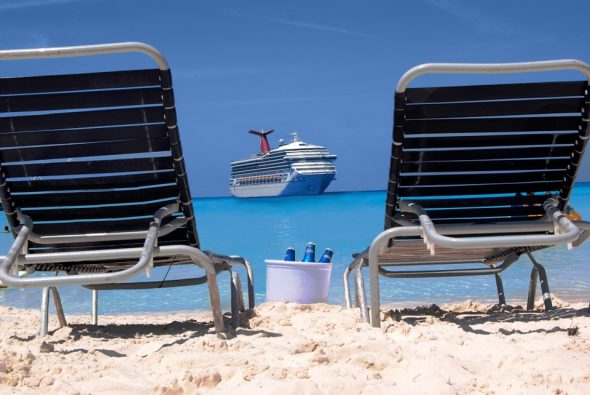 3 Things to Watch For When Spending While on Vacation