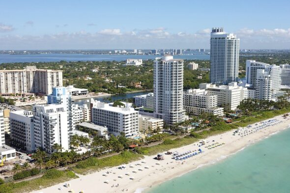 Visit Miami and Visit the South Beach For Amazing Art Galleries
